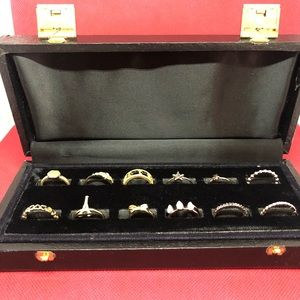 🆕Vintage Ring Case with 12 Rings